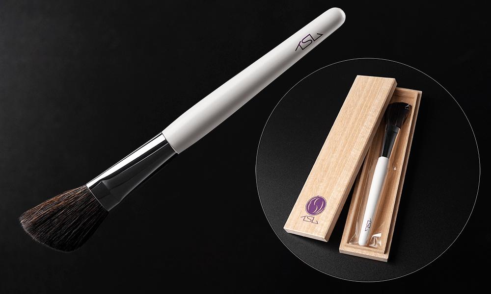 大切なイスムに、特別なやさしさを イスムオリジナル 掃除筆