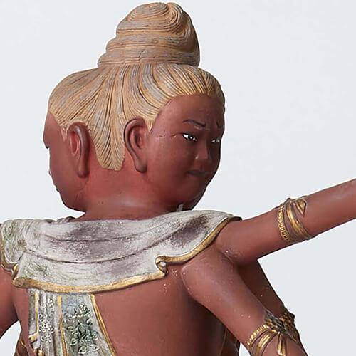 国宝「阿修羅像」。光明皇后が亡き母・橘三千代のために造らせた供養仏の一体です。