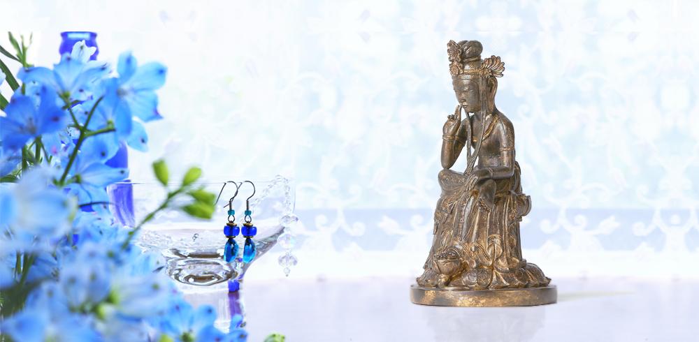 TanaCOCORO[掌] 金銅弥勒 仏像新時代を告げる、華やかな弥勒像